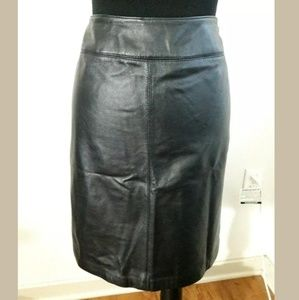Croft and Barrow Size 10 Black Leather Skirt